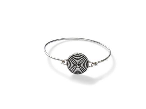 Silverarmband med mynt