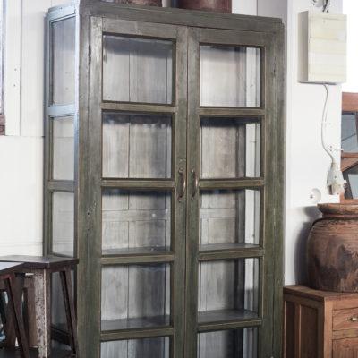 unikt vintage skåp för hemmet