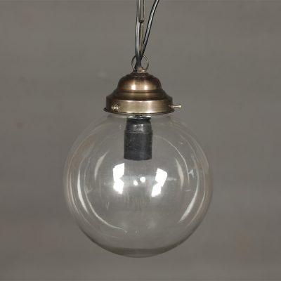 Vacker taklampa med el i glas och mässingsdetaljer. Diameter 23 cm