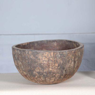 Träskål från Nepal. Dessa fantastiska gamla skålar användes som en behållare på fälten när man skördade. De är alla olika i storlek och form